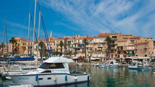 Der Hafen von Calvi mit den zahlreichen Yachten und Booten verspricht einen ganz besonderen Flair