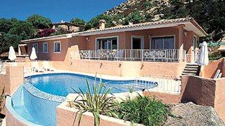 Die Villa Aria die Mare bietet genügend Platz für bis zu 6 Personen.