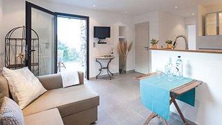 Der innere Wohnbereich des Ferienhauses Piazzili ist sehr modern und luxuriös ausgestattet