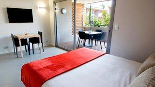 Auch die Studios im Costa Nera sind elegant eingerichtet und laden zum wohlfühlen ein.