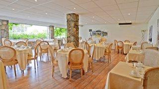 Der Frühstücksraum des Calvi Hotels in Korsika