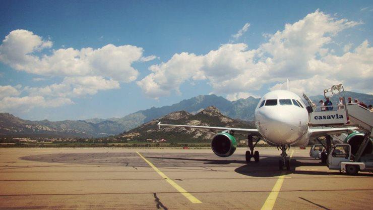 Flugzeug Korsika Calvi