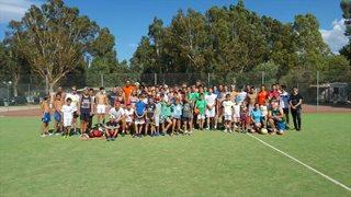 Camping + Bungalows Le Pinede verfügt über zahlreiche Angebote um im Urlaub auch sportlich aktiv zu sein, wie z.B. Tennis, Fußball, Minigolf oder Tischtennis