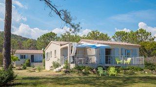 Die Anlage Domaine de Pianiccia bietet mit ihrer großen Gartenanlage sehr viel Privatsphäre.